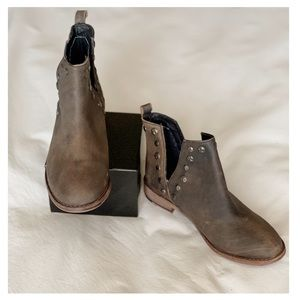 Musse Cloud Roaster Distressed Ankle Boots Brown 7